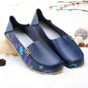 SOCOFY Flower Print Soft Comfortable Flat Leather Lazy Slippers Boat Loafers Shoes
