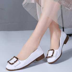 Shallow mouth patent leather button slip-on low shoes casual Korean version of small shoes for women