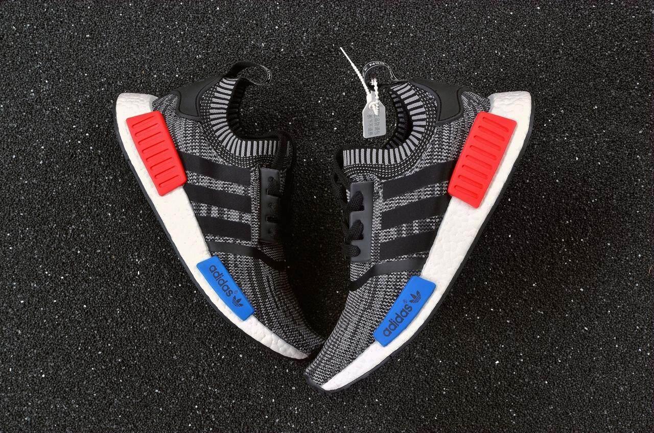 สอนใช้งาน  สตูล Adidas NMD_R1 PK Men s Breathable Running รองเท้ารองเท้าผ้าใบแฟชั่นใส่สบาย (สีดำ/สีเทา)