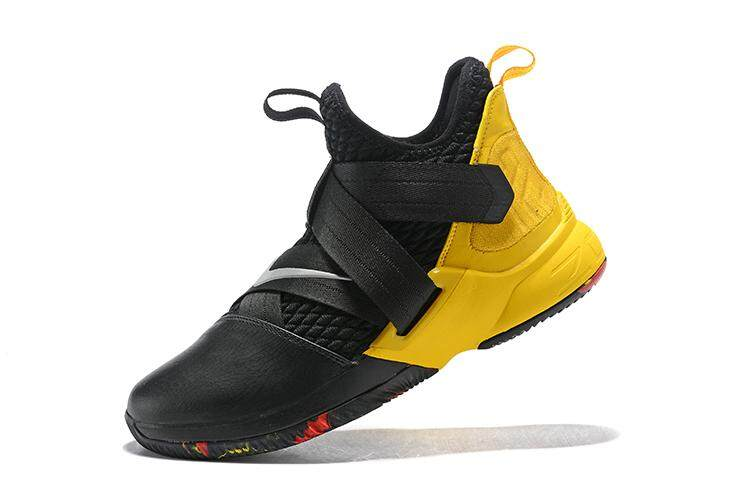 c3b79d87d206 Nike LeBron Zoom Soldier 12 Classic Professional Basketball Shoe  Comfortable Running Sneaker (Black Yellow