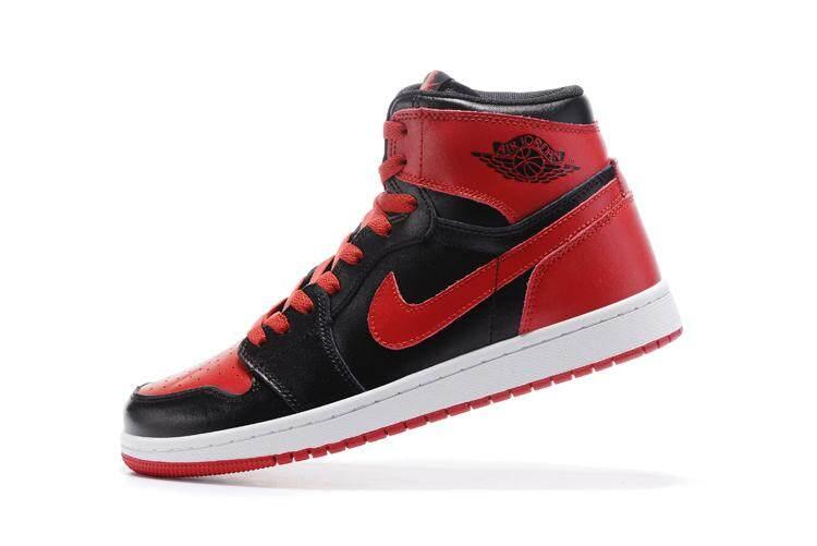 finest selection 303c1 2a8ac Nike Jordan Men s Air Jordan 1 Retro High Basketball Shoe Breathable Sports  Shoes (Black