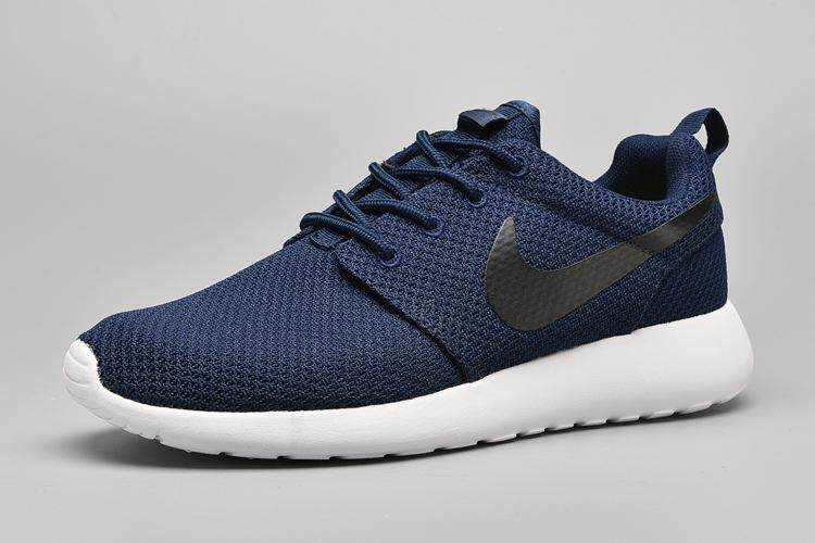 more photos 568f6 62fba Nike Roshe Run Men s Comfortable Sport Sneakers Lightweight Running Shoe ( Black Blue)