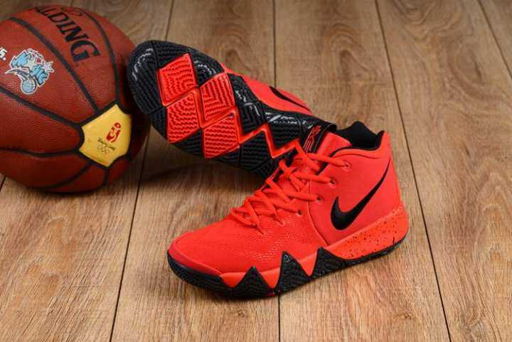 Basket Sneaker Nike_Authentic KYRIE_Irving 4 Merah Hitam Sport Pria Basketaball Sepatu Sepatu Basket Sepatu Pendek Nyaman Air_cushion
