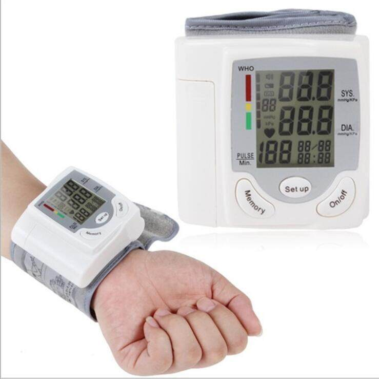 LCD digital display home automatic wrist blood pressure pulse sphygmomanometer monitoring heart rate meter (0199-2)