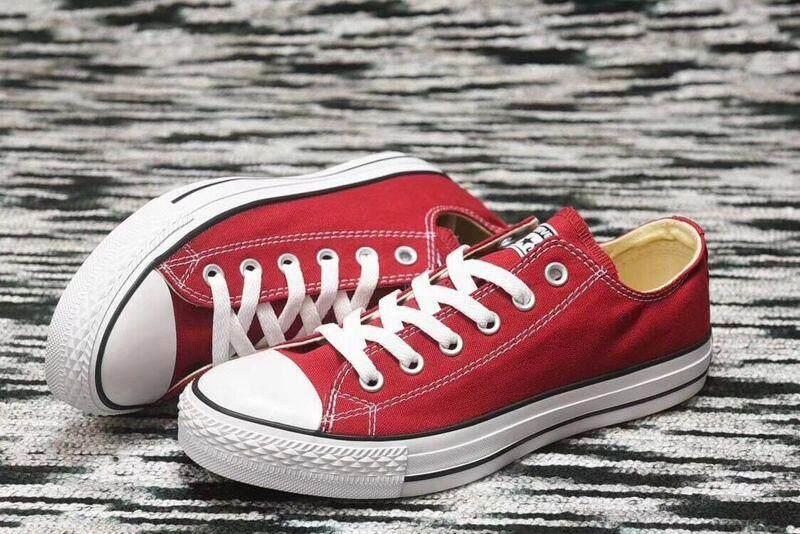 Produk Baru Asli Pria dan Wanita Sepatu Kets Converse Unisex Sepatu Datar Sepatu Kanvas Modis Semua Hitam-Intl
