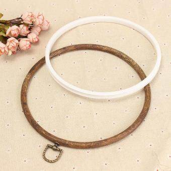 3 specifications wood munsu stretch material: plastic craft: embroidery hoop Fabric: embroidery linen cloth Size: 21CM, 15CM, oval 13 * 19CM