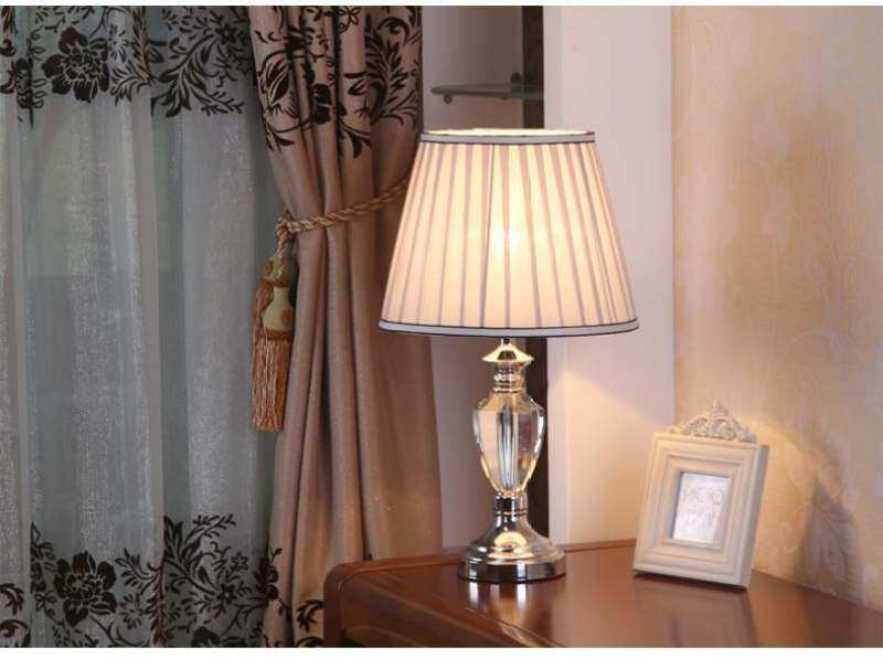 LED Simple Modern Fashion Bedside Lamp K9 Crystal Table Lamp Reading Lamp European Style Bedside Lamp E27 Garden Table Lamp Creative Desk Lamps Home Decor Lights Book Lamps with 5W Warm Light Bulb 30x52cm