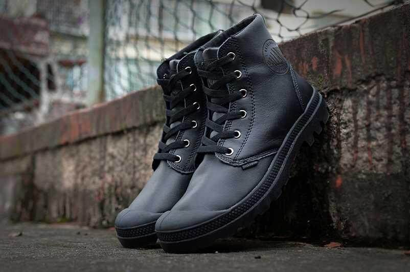 11666ff301738 Stock>>Brand Guarantee CUFF and PERF/PAMPA Military Fashion MID Boot Street  Brand Hiking Hi Brand_Palladium Combat Martin WPN Boots LP Motorcycle Shoe  ...
