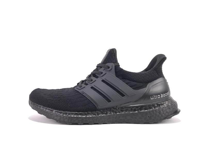 size 40 a7b3b 8e9d1 Adidas Men s Ultra Boost Running Sneaker Fashion Casual Sport Shoes (Black)