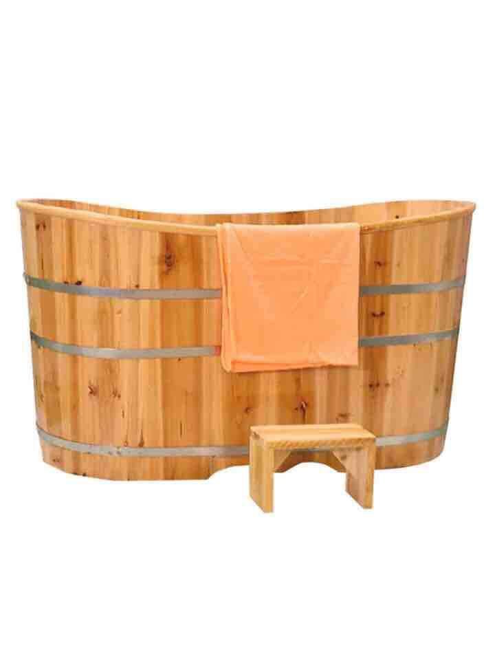 Wooden adult bathtub