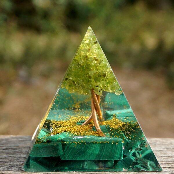 Hot Sale Tree Of Life Pyramid Amethyst Peridot Healing Crystal Energy Pyramid Decor