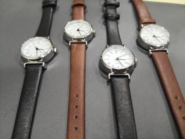 [FAST SHIPPING][LOCAL SELLER] Women Ladies Student Small 25mm Quartz Classic Wrist Watch Fashion Alloy Wrist Watch Malaysia