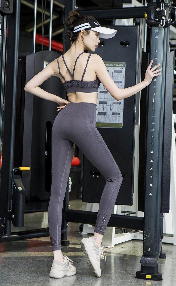 501b2e871dc LAZAWG Openwork Sports Set Yoga Fitness Run Yoga Nine Pants Flexible  Comfortable Yoga Wear