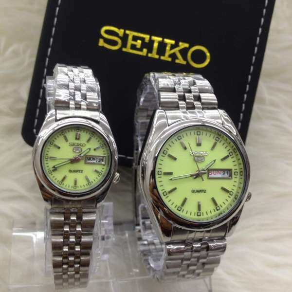SPECIAL PROMOTION SEIKO_5 ANALOG STAINLESS STEEL WATCH SET FOR COUPLES(with free gift) Malaysia