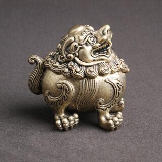 Brass Antique Auspicious Beast Unicorn Hương Gỗ Burner Chaotianhou Vận May Nội Thất Gia Đình Đồ Trang Trí Wenwan Cũ Bronzeware Phật Tây Tạng thumbnail