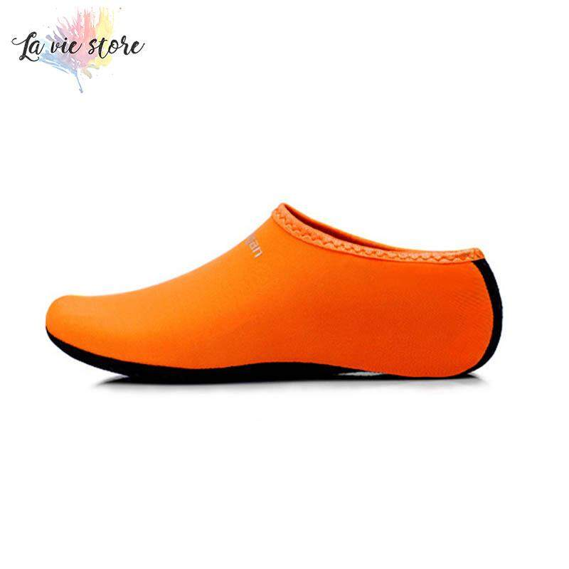 df98e8416c1b8 La vis Men Women Aqua Skin Shoes Beach Water Socks Yoga Exercise Pool Swim  Slip On
