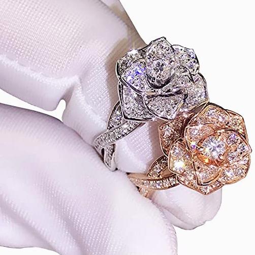 [Hàng quốc tế | Lưu ý thời gian giao hàng dự kiến]Nhẫn đính hôn kim cương hoa hồng 3D giả CZ dành cho nữ trang sức nhẫn kim cương chất liệu kim loại mạ bạc vàng hồng 18K món quà tặng dành cho phụ nữ – INTL