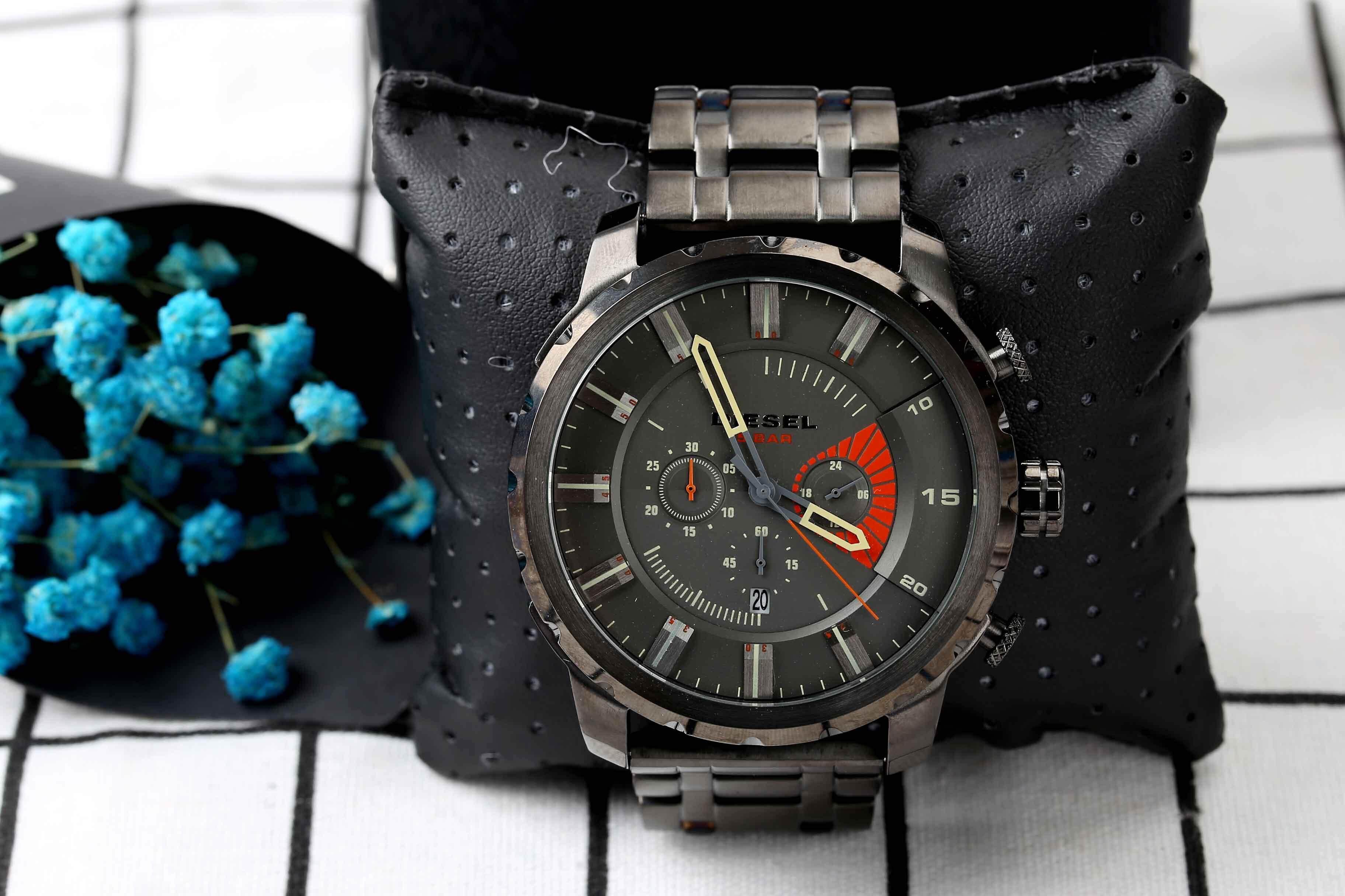ยี่ห้อนี้ดีไหม  นราธิวาส Genuine Products Waterproof Diesel_Military Series. Three-Eye Timing Fashion casual watch Mineral Toughened Glass Mirror .Japanese Quartz Core. Resin Strap .
