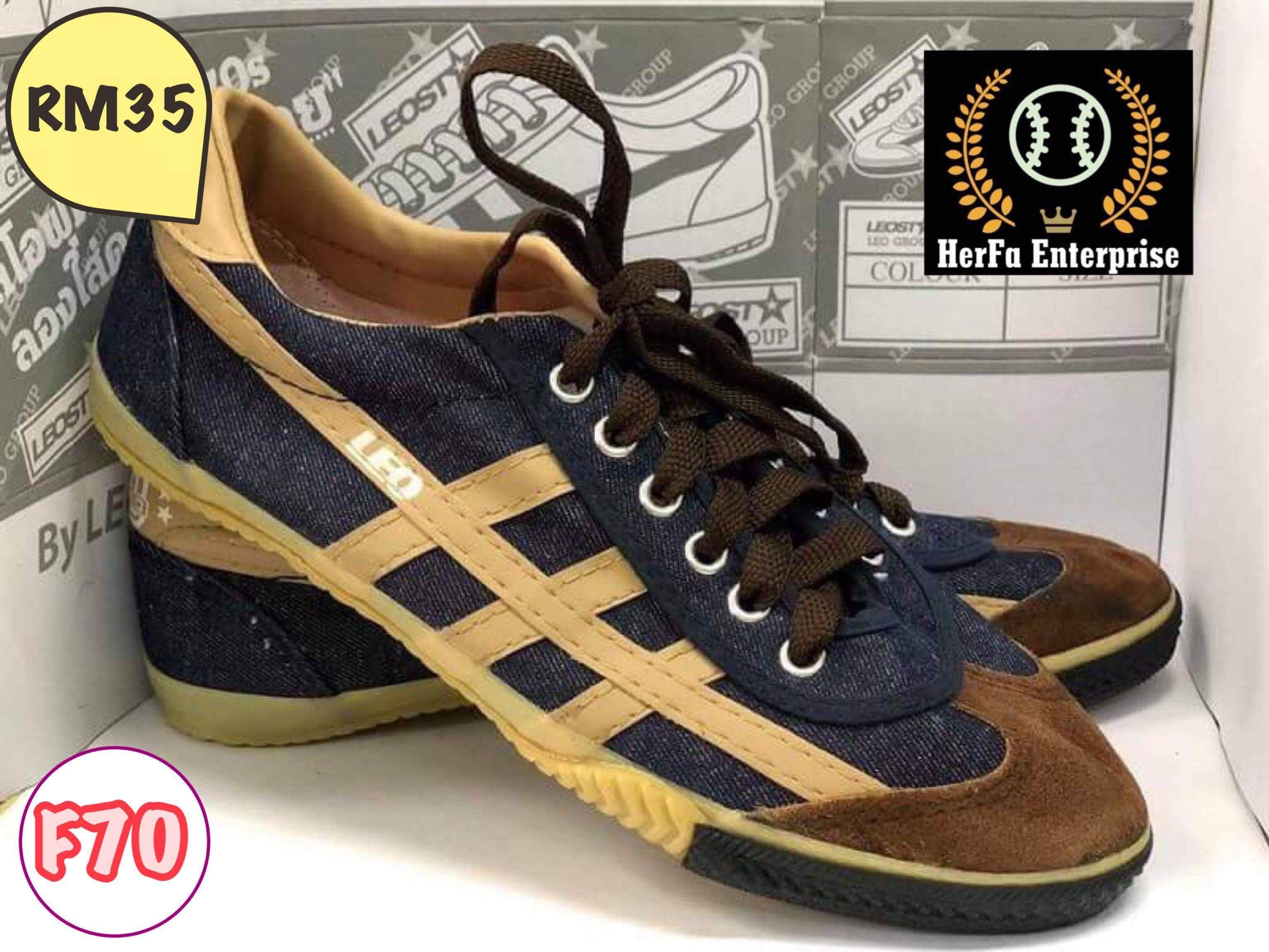 3d59125f9 Men s Futsal Shoes - Buy Men s Futsal Shoes at Best Price in ...