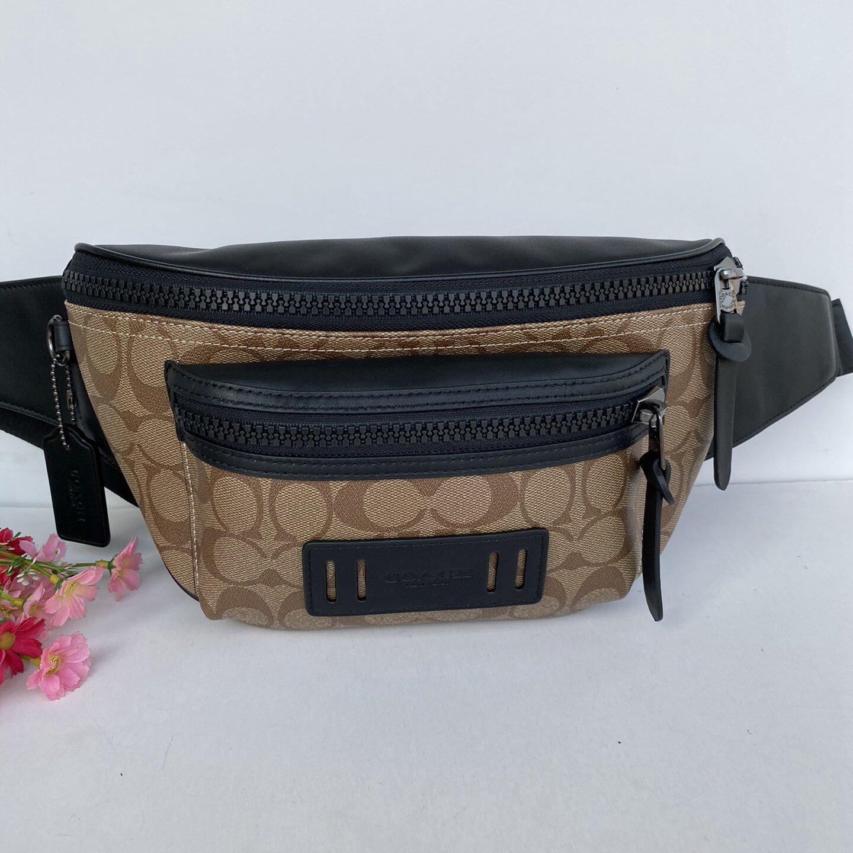 Coach Original Authentic Waist Bag Men Cross-Body Chest Bag Leather Wild Multi-Layer Large Capacity.