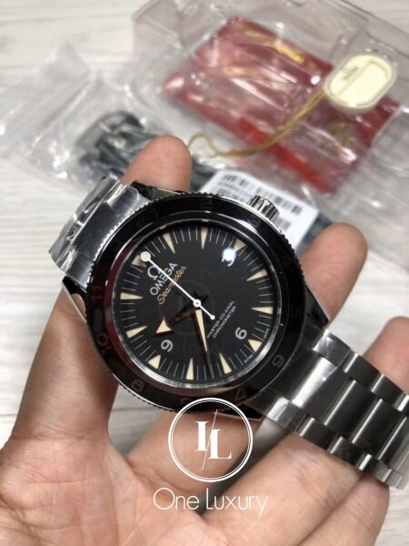 [ONE LUXURY] SEAMASTER 007 SPECTRE LIMITED EDITION ON STAINLESS STEEL BRACELET Malaysia