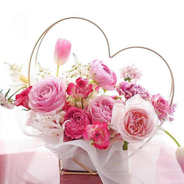 PER Nordic Style Flowers Packaging Golden Portable Heart-shaped Flower Basket Geometric Vase Flower Pot