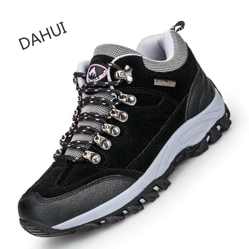 Soaring Real Leather Outdoor Hiking Shoes Plus Velvet Men Warm Snow Boots Walking Climbing Non-Slip Women Hiking Shoes Trekking Shoes Wanita Hiking Shoes (black) By Taishandahui.