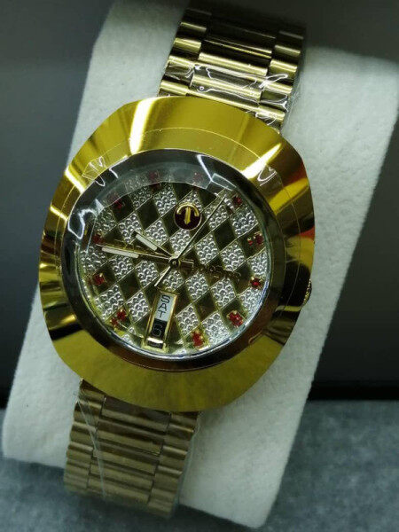 RADO_DIASTAR_AUTOMATIC MAN WATCH FULL SET WITH  DATE DISPLAY MINERAL CRYSTAL GLASS UNIQUE DESIGN Malaysia