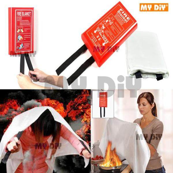 DIYAVENUERESOURCES - Quick Release Home Extinguisher Fibreglass Fire Blanket / Fire Safety Blanket (With Plastics Cover Hanging Type)
