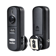 Godox FC-16 2 4GHz 16 Channels Wireless Remote Flash Studio Strobe Trigger  Shutter for Canon 5D 6D 7D 5D Mark III 60D 600D 700D 70D 650D 550D (Black)