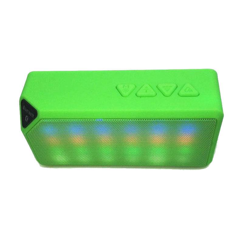 Mini X3S Không Dây Loa Bluetooth Đèn LED (Xanh Lá)-quốc tế