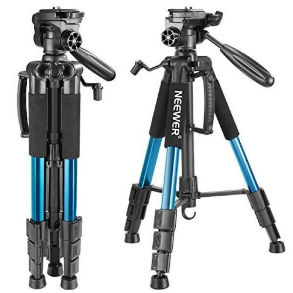 Neewer Portabel 56 Inches/142 Centimeter Aluminium Kamera Tripod dengan 3 Arah Putar Pan Kepala, membawa Tas untuk Canon Nikon Sony Kamera DSLR, DV Video Kamera Perekam Beban Hingga 8.8 Pon/4 Kilogram (Biru)-Internasional