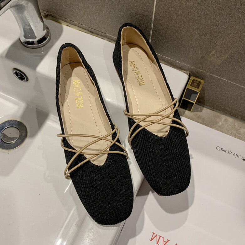 Giày Đơn Nữ Mùa Hè 2020 Mới Giày Nữ Màu Đỏ Net Phong Cách Cổ Tích Giày Đế Bằng Mũi Vuông Giày Granny Nông Miệng Đậu Giày Nữ Xu Hướng giá rẻ