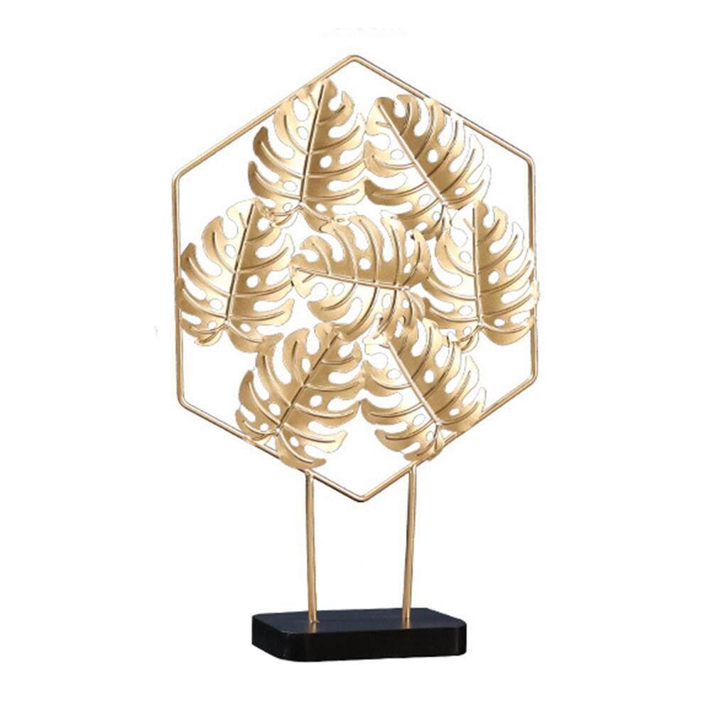 Nordic Simple Light Luxury Golden Monstera Leaf Metal Ornaments Innovative Home Living Room Table Light Decoration