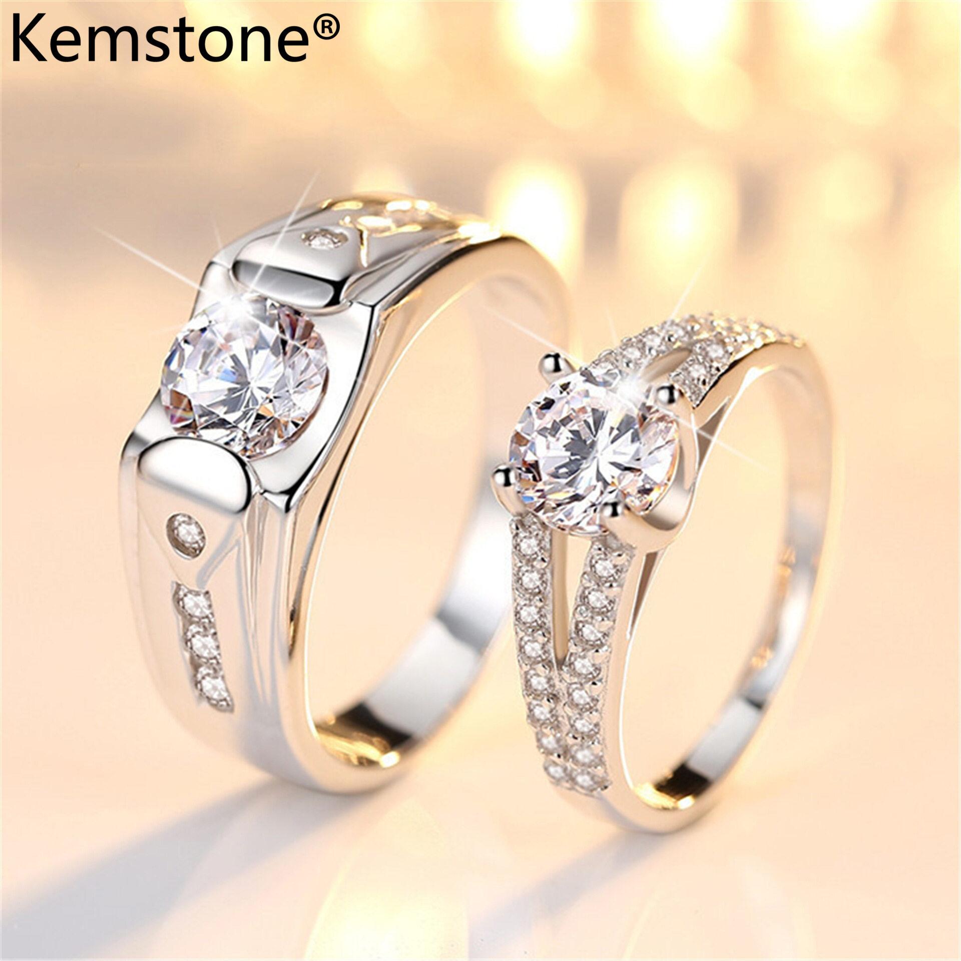 Kemstone nhẫn đôi mạ bạch kim cho nam nữ nhẫn cổ điển bằng đá Cubic Zirconia khảm hình khối phong cách thời trang - INTL