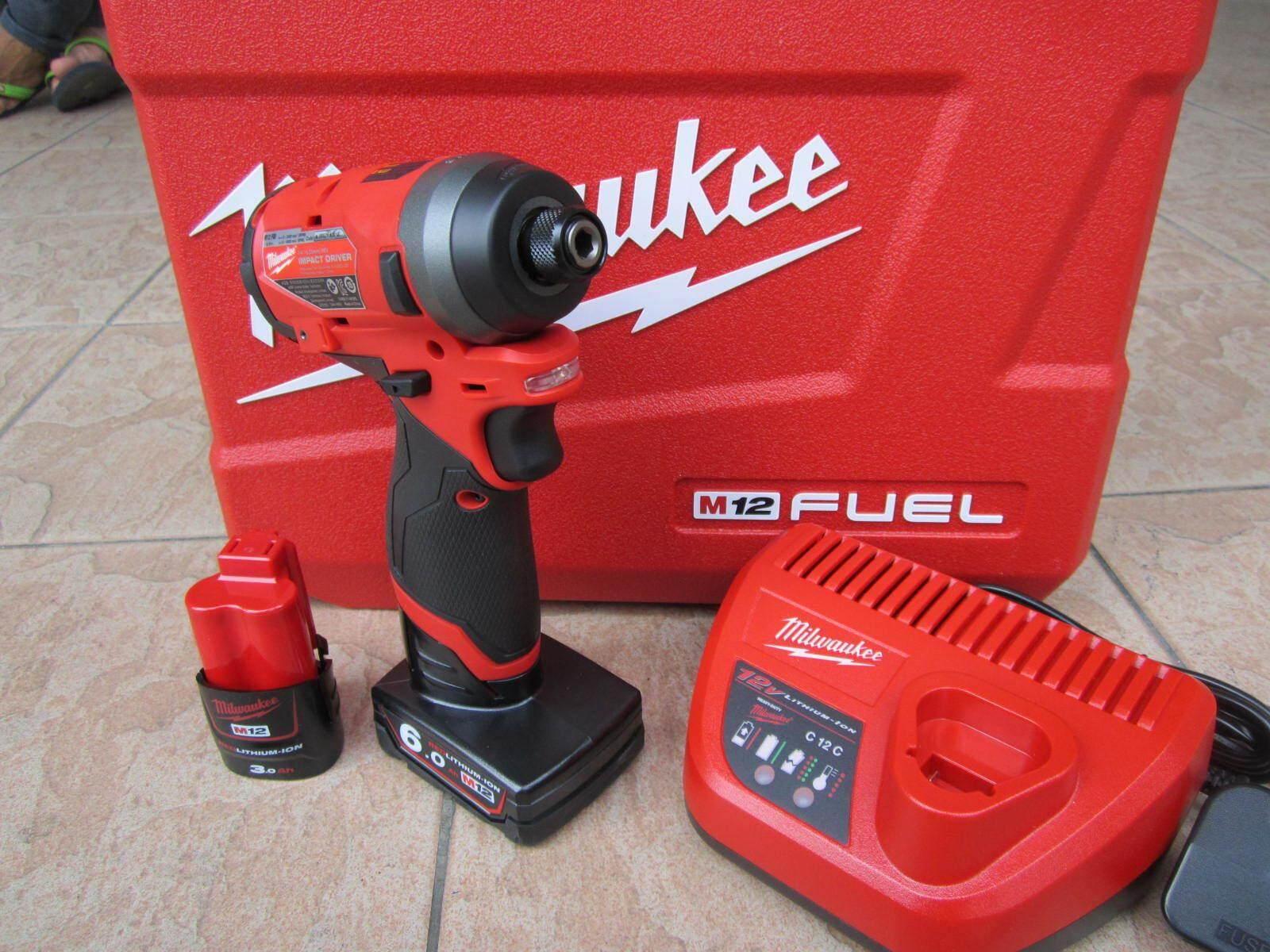 Milwaukee M12 FUEL Sub-Compact 1/4″ Hex Impact Driver, Impact Driver