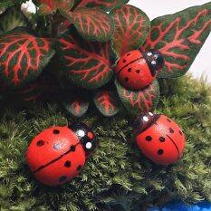 10PCS Hanging Decorative Ladybirds Garden Wall Ornament Home Outdoor 15*19mm
