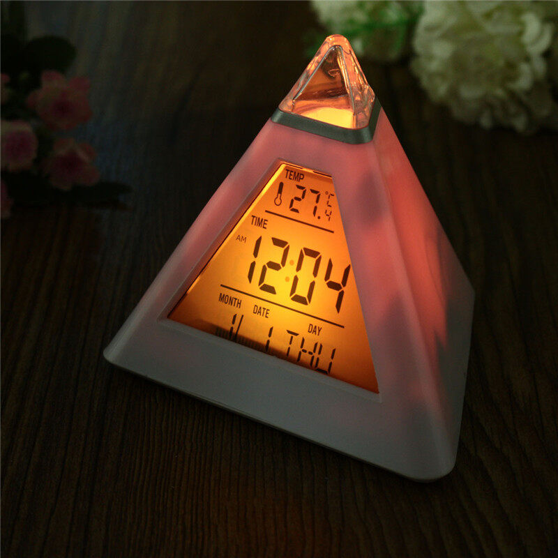 Charminar 7 LED Pyramid Perubahan Colour Jam Digital dengan Alarm Alarm Suhu Jam Abs + Komponen Elektronik Seksi Penjualan -Internasional