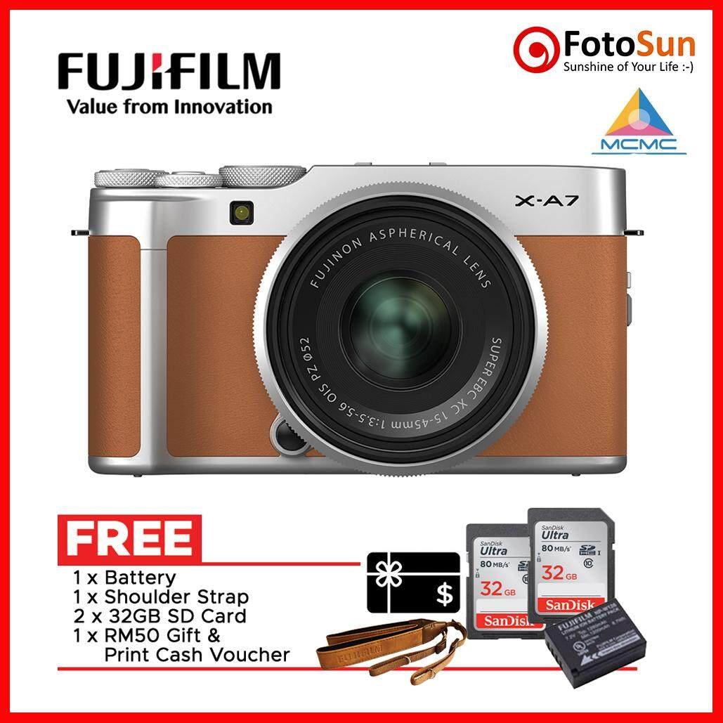Fujifilm X-A7 with XC 15-45mm OIS lens vlogging camera
