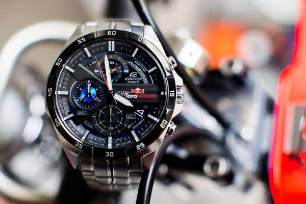 CASIO_Edifice High Quality With Box With Shop Hive Malaysia