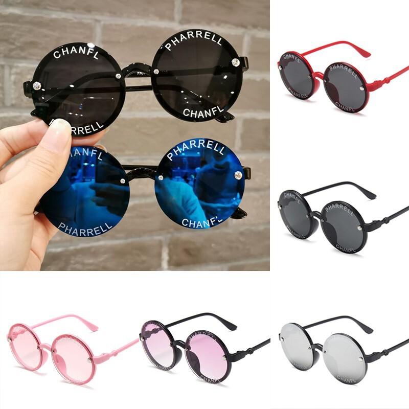 แว่นกันแดดเด็กสุดเท่สำหรับเด็กแว่นกันแดดทรงกลมพร้อมพิมพ์ตัวอักษรแว่นเด็ก.