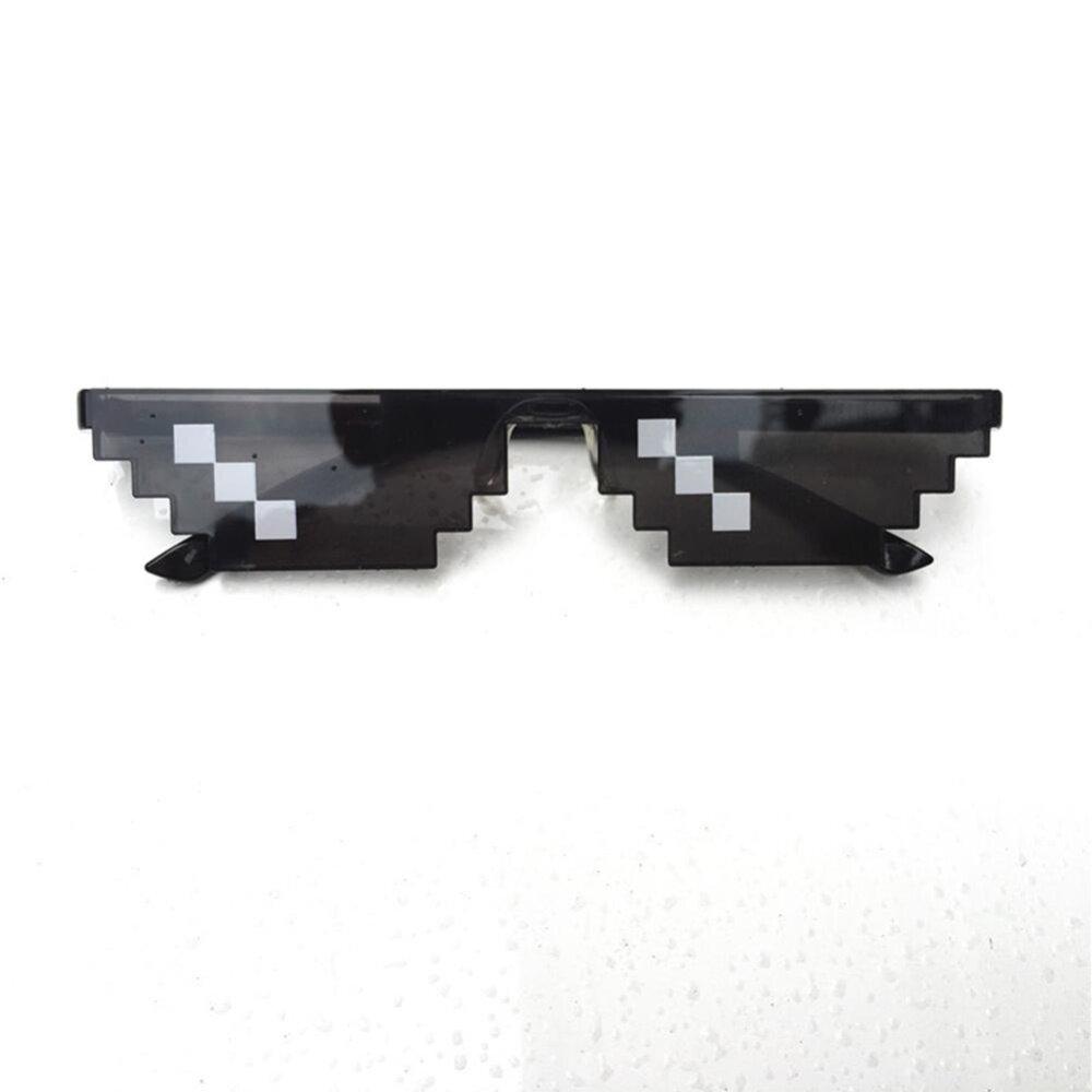Redcolourful แว่นตาหญิงชายแว่นตาชีวิตอันธพาล 8 - Bit Mlg แว่นกันแดดพิกเซลเลทสำหรับผู้เล่น Minecraft สไตล์: 3 Grid - Intl By Redcolourful.