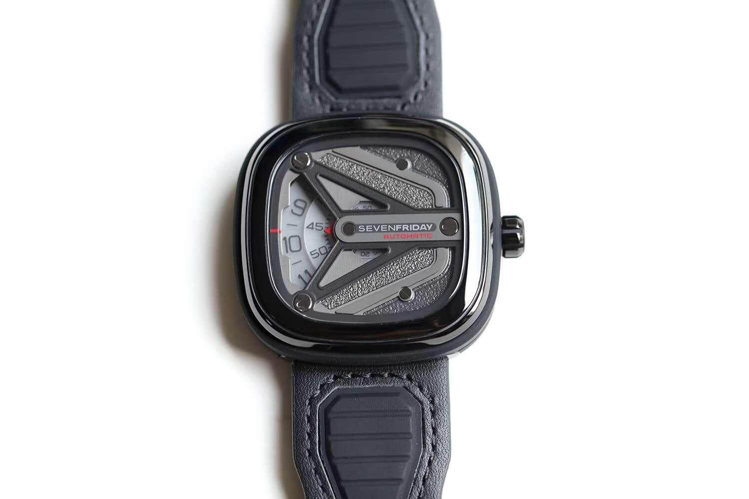 SEVEN FRIDAY M3/01 Men's Fashion Mechanical Watch Configuration tape and leather strap.