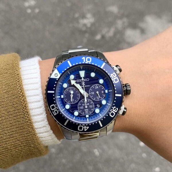 [Genuine] Seiko Prospex SSC675P1 Solar Powered Analog Blue Dial Date 200m Divers Watch Malaysia