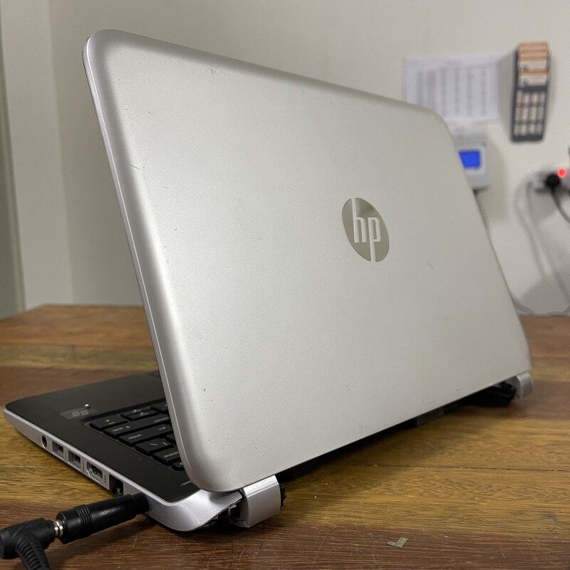 HP 215 G1 - AMD A4-1250 / 2GB DDR3 RAM / 320GB HDD Budget Laptop Laptop Notebook Murah Webcam Malaysia