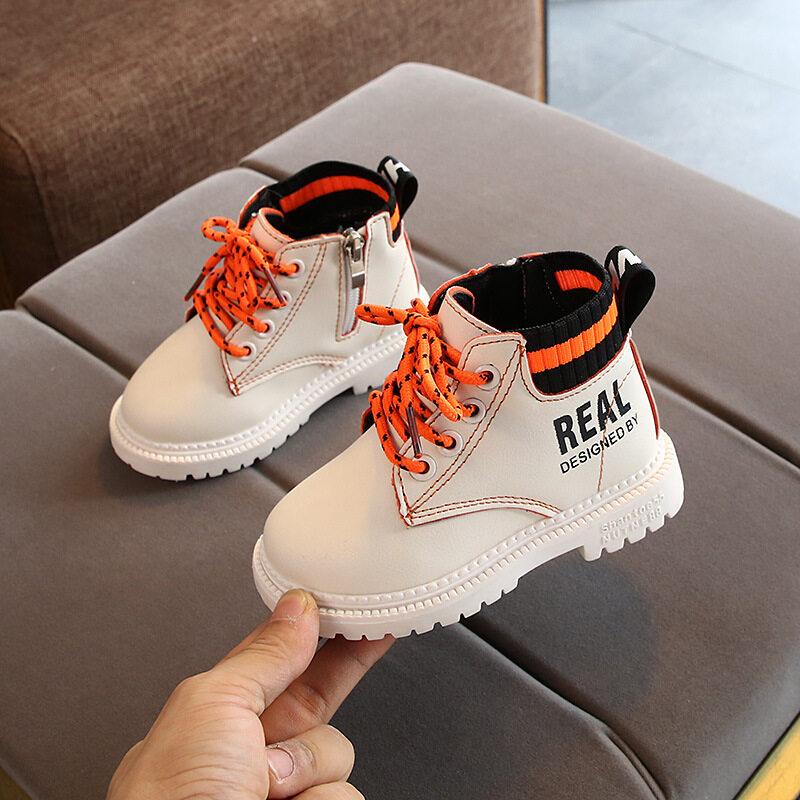 [คลังสินค้าพร้อม] รองเท้าเด็กรองเท้าผ้าใบรองเท้าบาสเกตบอลชายลื่นรองเท้าลำลองรองเท้าเด็กสำหรับรองเท้าวิ่งรองเท้ารองเท้า.