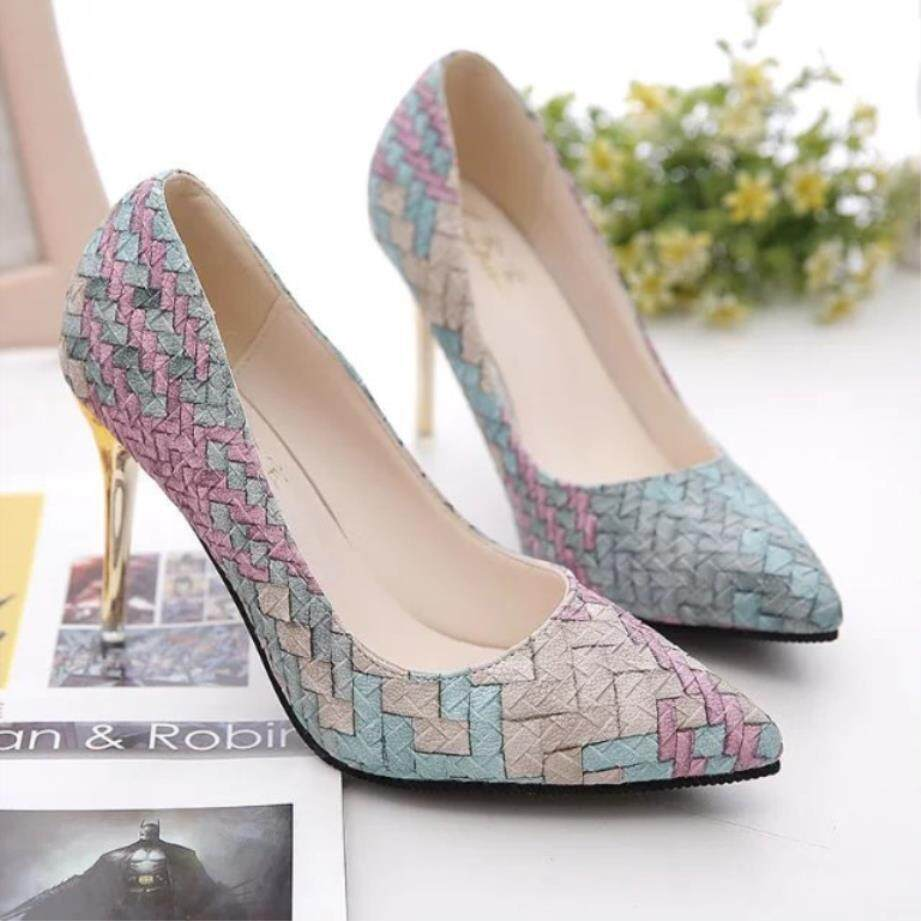 5f7d7bd5166 Shoes Female 2018 Autumn New Style Pointed Fine With High Heels Fashion  Irregular Pattern Shallow Mouth Four Seasons Shoes