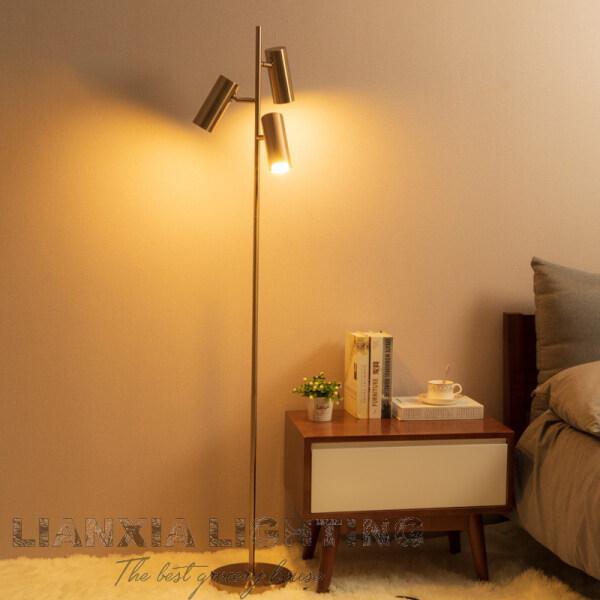 Living Room Floor Lamp LED Sofa Lamp Post Modern Nordic Bedroom Bedside Lamp Simple Creative Metal Floor Lamp