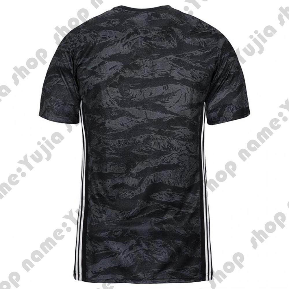 check out 0ad5a 3efe0 19-20 Season Best Quality Juventus Goalkeeper Soccer Jersey Football  Jersey(Buffon、Ronaldo, Dibala、DIY)
