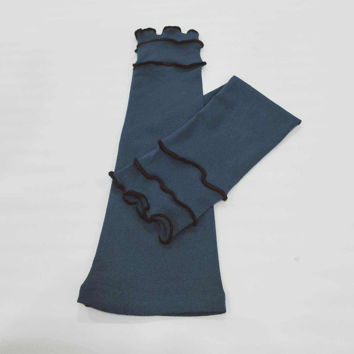 Hand / Arm Socks Ruffle 3layer By Sitikhaleedaa.